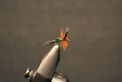 FLY-FISHING-FLIES **4 FLIES**SIZE 14 * * SOUTHERN TROUT CRACK *