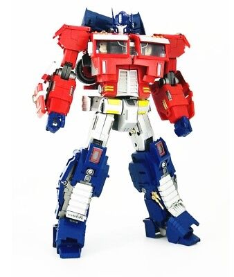 Generation Toy GT-03N NOIR OP.EX IDW Optimus Prime Transformers In Stock