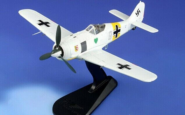 Hobby Master 1 48 FW-190A-4 Blanc 8 1. Staffel L. Gruppe JG.54 Eastern Front 1943