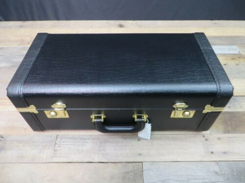 CLOSEOUT! Genuine Professional Double Trumpet Case by Conn Selmer NEW