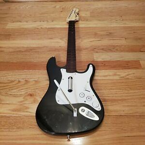 Nintendo Wii Harmonix Fender Stratocaster Guitar Rock Band No Dongle & strap