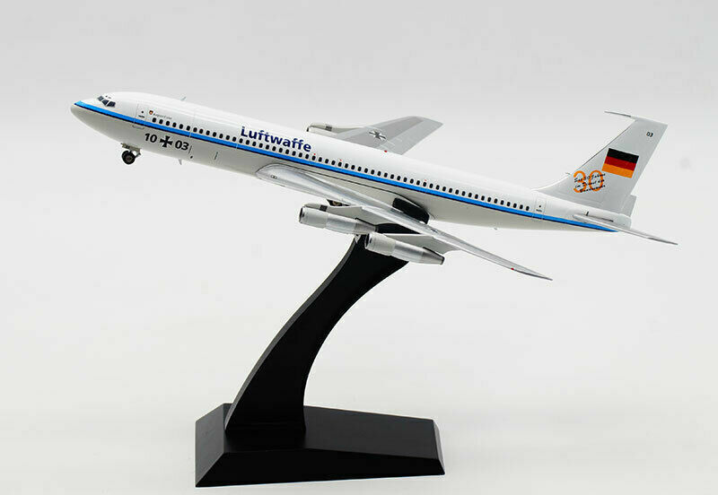Inflight 200 IF707GAF002 1 200 German Air Force Boeing 707-300 10 + 03 avec support