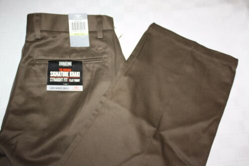 Flat NWT Assorted Styles DOCKERS Signature Khaki Men/'s Pants D2 D3 D4 Pleated
