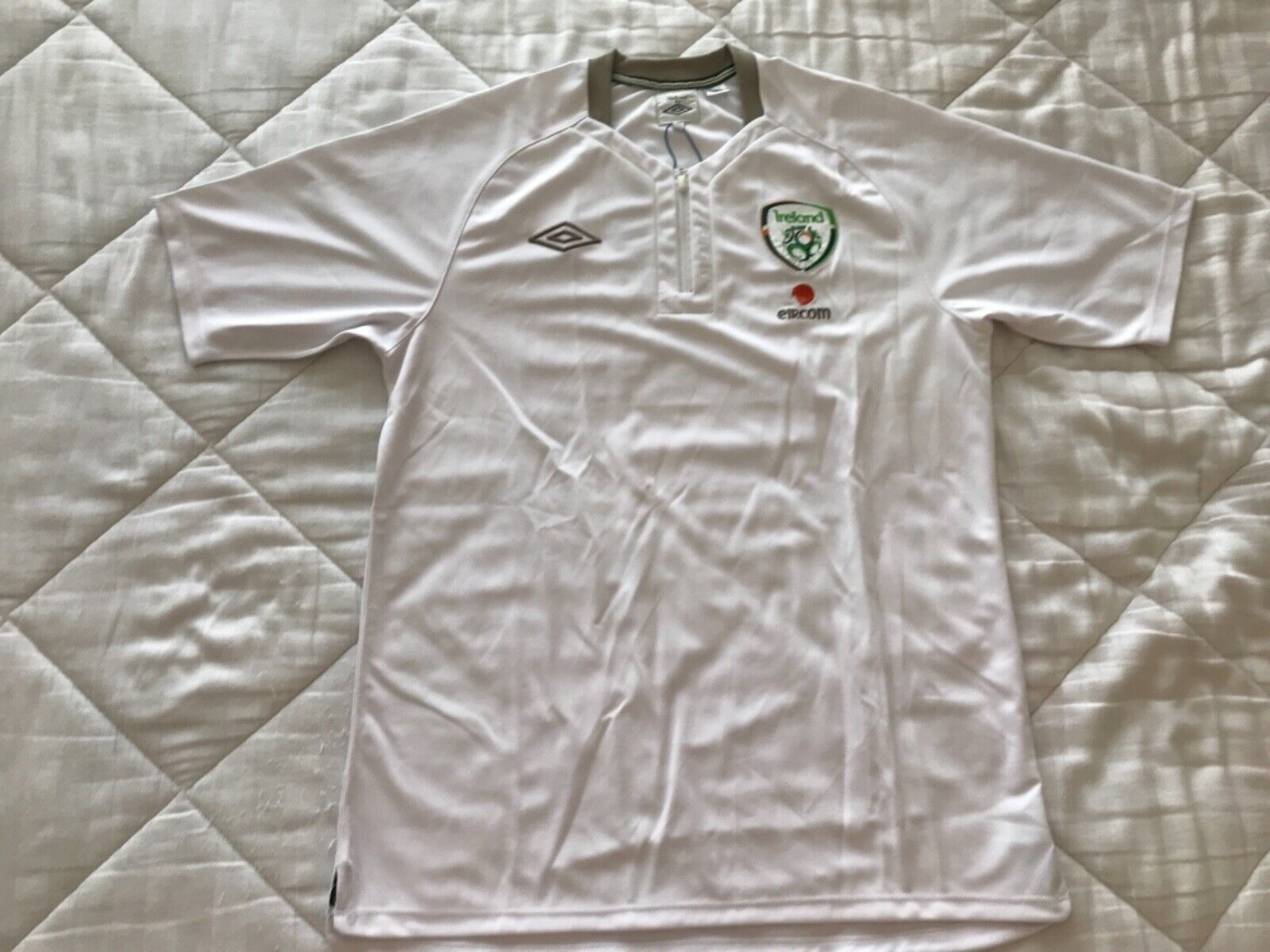 Umbro Repbulic of IRELAND DAY Zip POLO jersey Soccer Football Shirt Men Sz L
