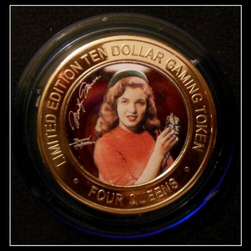 """Four Queens Complete 4 Pc /""""Marilyn Monroe/"""" $10 Red /& Blue Cap Set"""