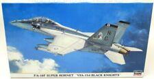 Hasegawa 01958 F//A-18F Super Hornet VFA-154 Black Knights 2010 /& VX-9 Vampires