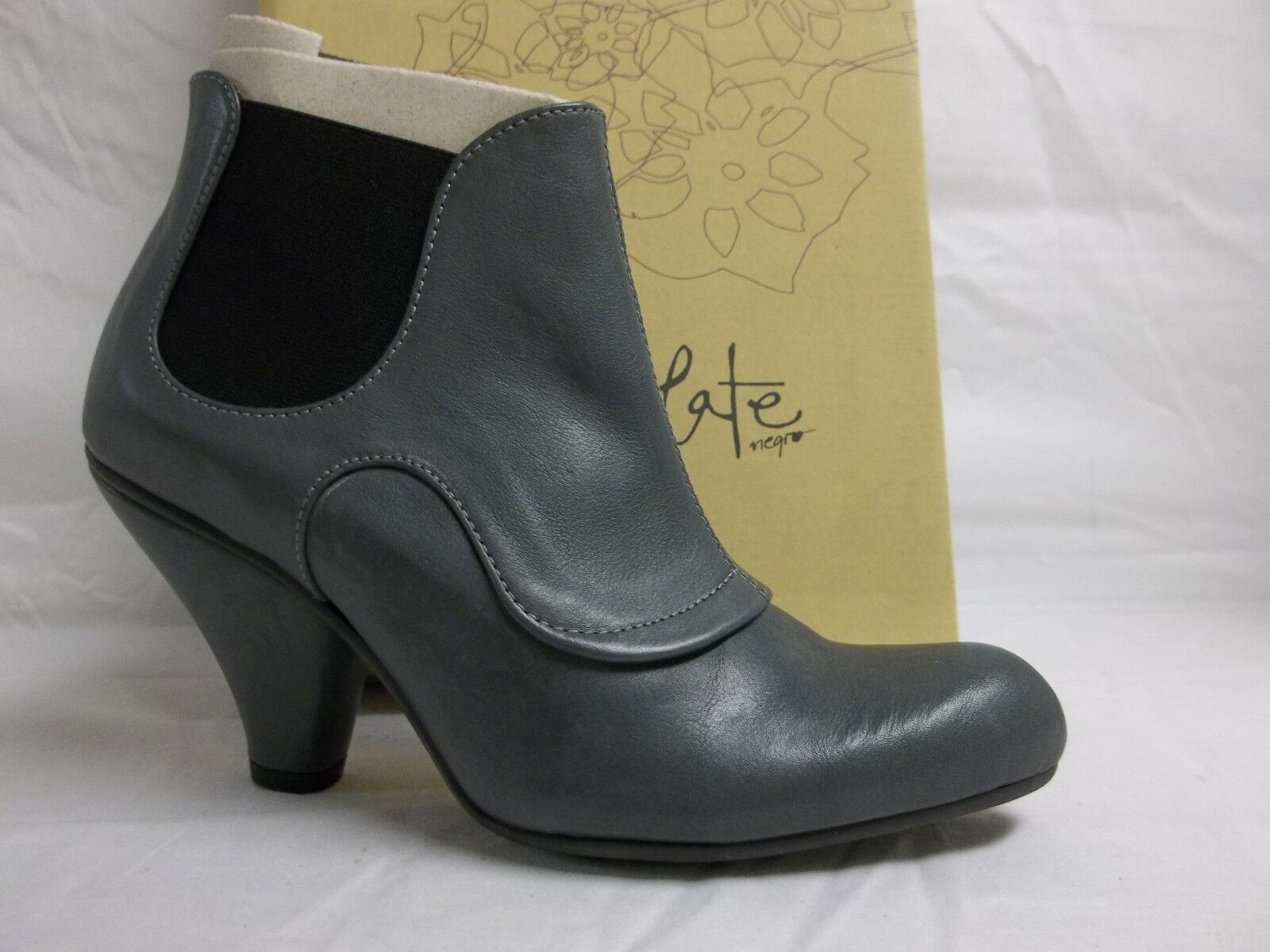 Chocolate Negro Size US 5.5 M Charcoal Leather Booties Heels New Womens