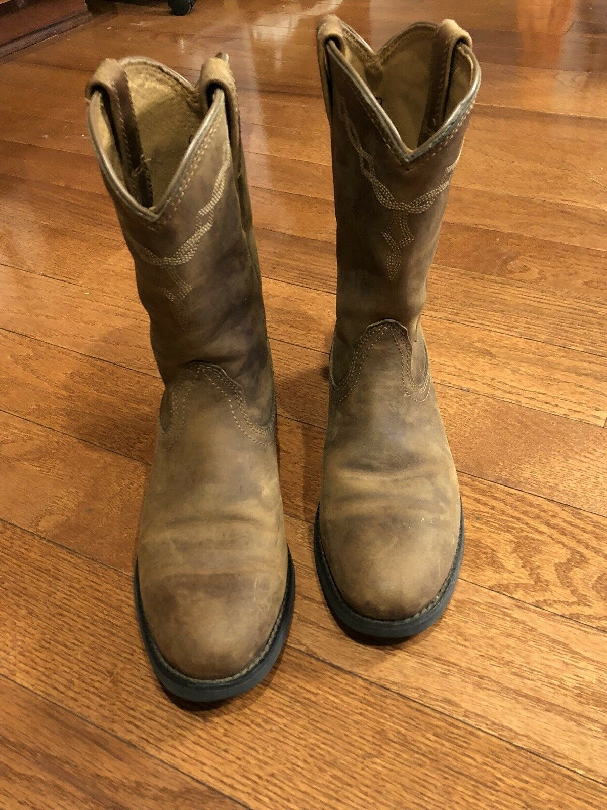 ariat boots 6.5 Women's