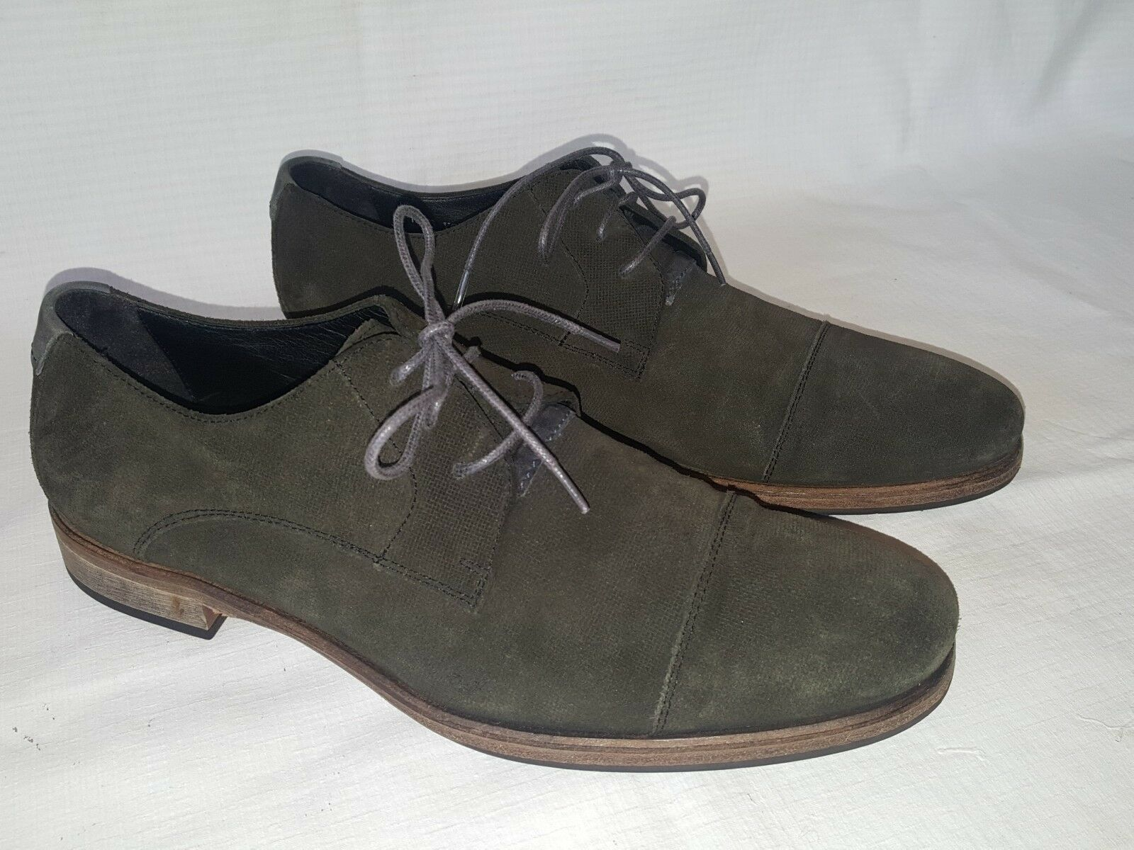 JOHN VARVATOS OLIVE GREEN SUEDE CAPTOE OXFORDS MEN'S SIZE 10 HAND MADE IN ITALY