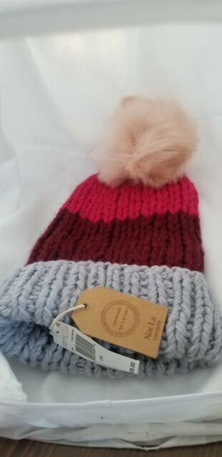 Norla Canada Handmade Women/'s Knit Beanie Winter Hat Cap Pom Pom Green