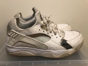 new concept f84b7 b698b Image is loading Nike-Air-Huarache-Flight-Low-819847-100-White-
