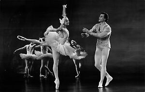 CINEMA-RUSSE-LE-LAC-DES-CYGNES-1968-PHOTOGRAPHIE-ARGENTIQUE-DE-PLATEAU-08