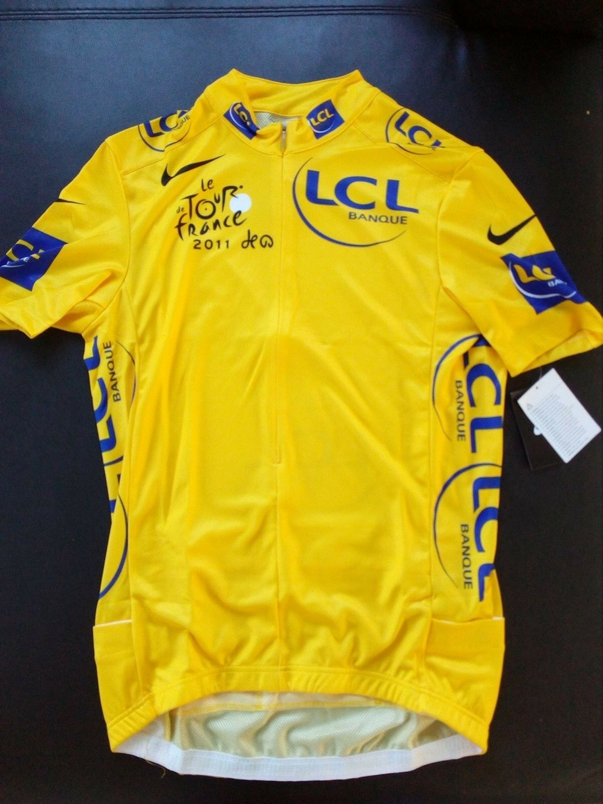 Football jersey yellow cyclist NIKE tour de france 2011