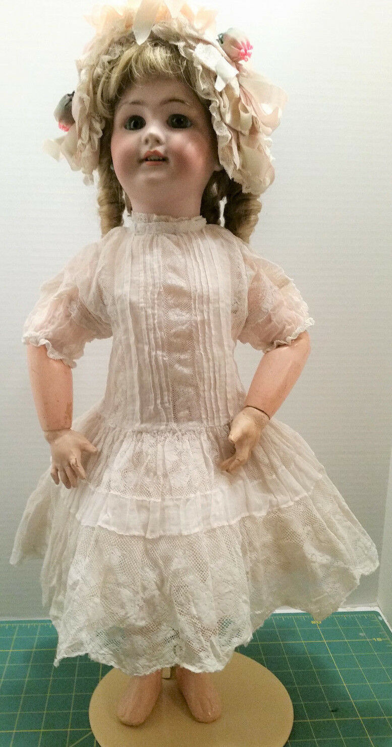 GORGEOUS, 23  ANTIQUE FRENCH DEP DOLL IN BEAUTIFUL ANTIQUE CLOTHES/PERFECT HEAD