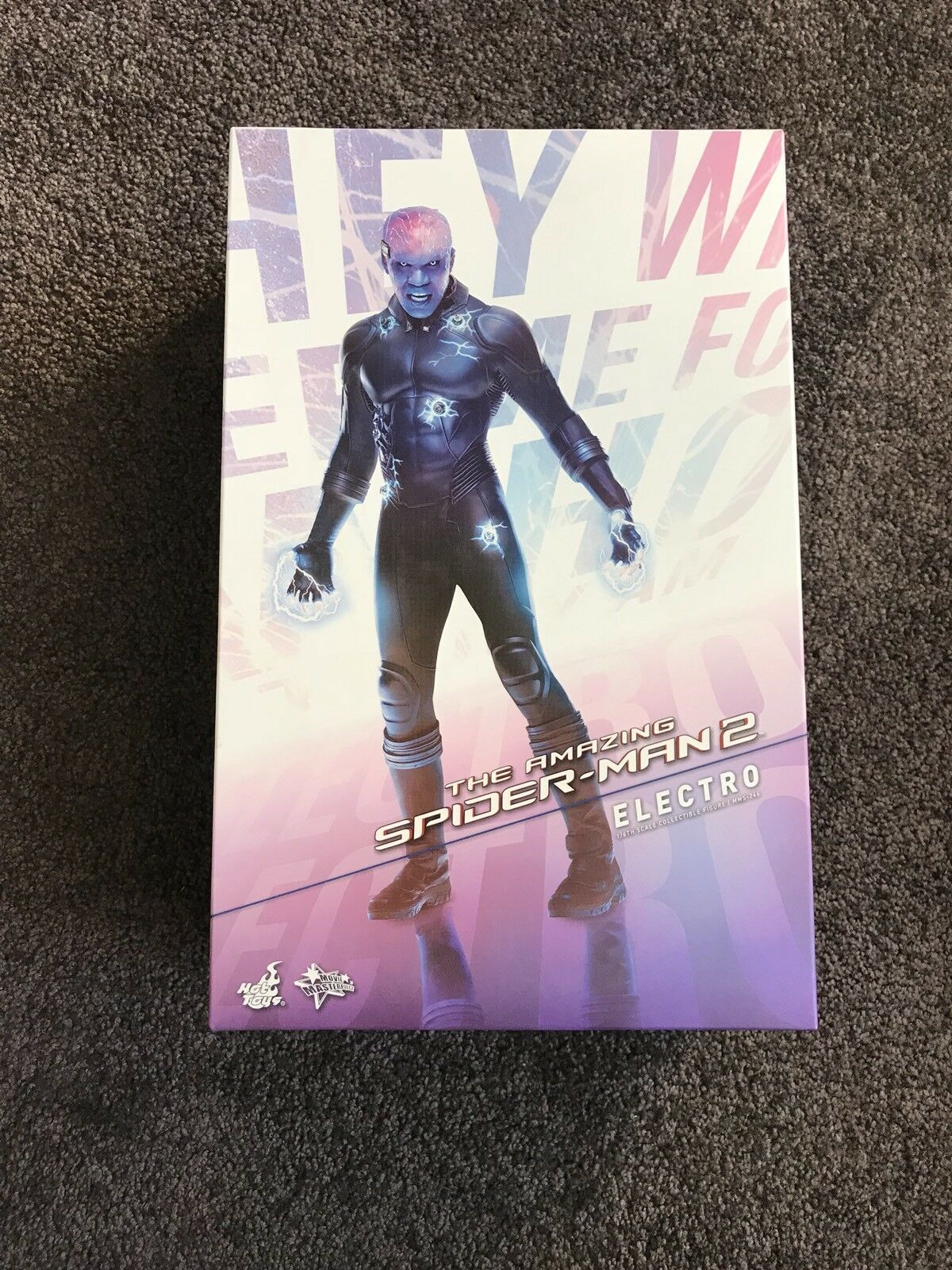 1 6 Scale Hot Toys Amazing Spider-Man 2 Electro Figure. Brand New In Box