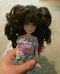 """Doll Wig Size 9/"""" Style 310B Brown Hair Color Long Wavy Bangs NOS Tallina/'s"""