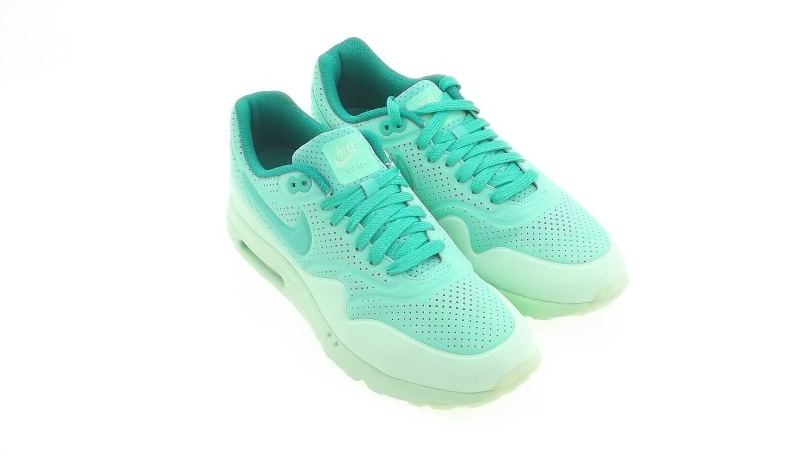 705297-300 Nike Men Air Max 1 Ultra Moire Grün