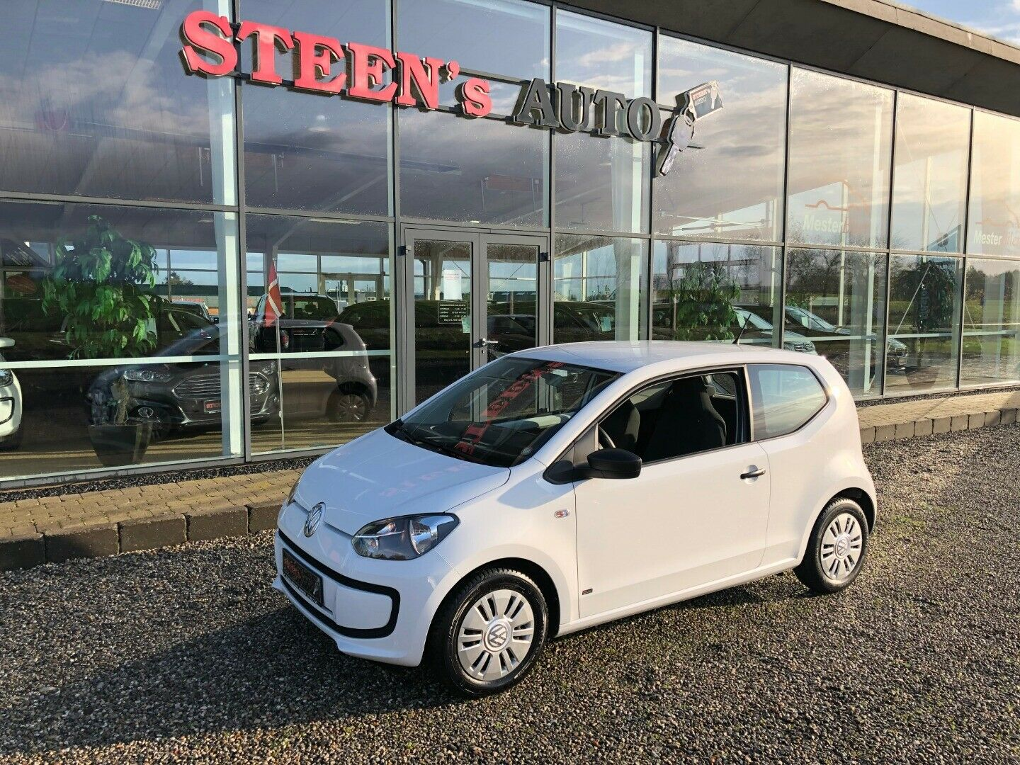 VW Up! 1,0 MPi 60 Take Up! BMT 3d - 69.900 kr.