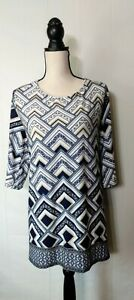 NAIF-Women-039-s-Blue-Tan-White-Geometric-Design-3-4-Slvs-Tunic-Top-Plus-Sz-2X-NWT