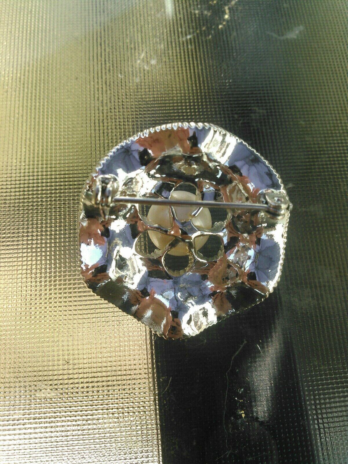 Faux Pearl Crystal Rhinestone Brooch - image 3