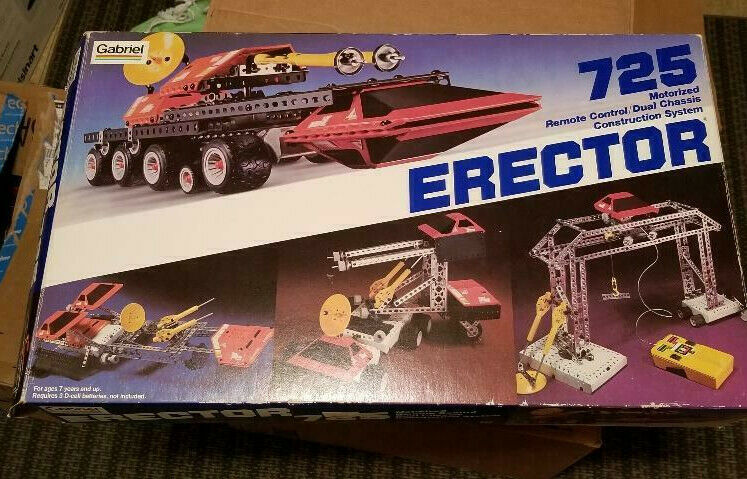 Gabriel 1981 725 Moterized Remote Control Dual Chassis Construction System AS IS