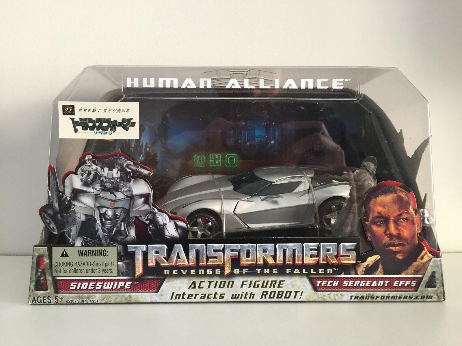 Takara Transformers Revenge Of The Fallen RA-22 Sideswaipe & Sergeant Epps