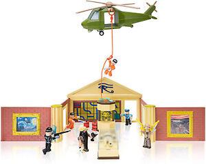Ebay Roblox Figures Roblox Jailbreak Museum Heist Feature Playset 6 Figures And Amp Accessories Ebay