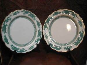 PAIR-OF-VINTAGE-BOOTH-039-S-GREEN-DRAGON-GILDED-DINNER-PLATES-10-1-2-034