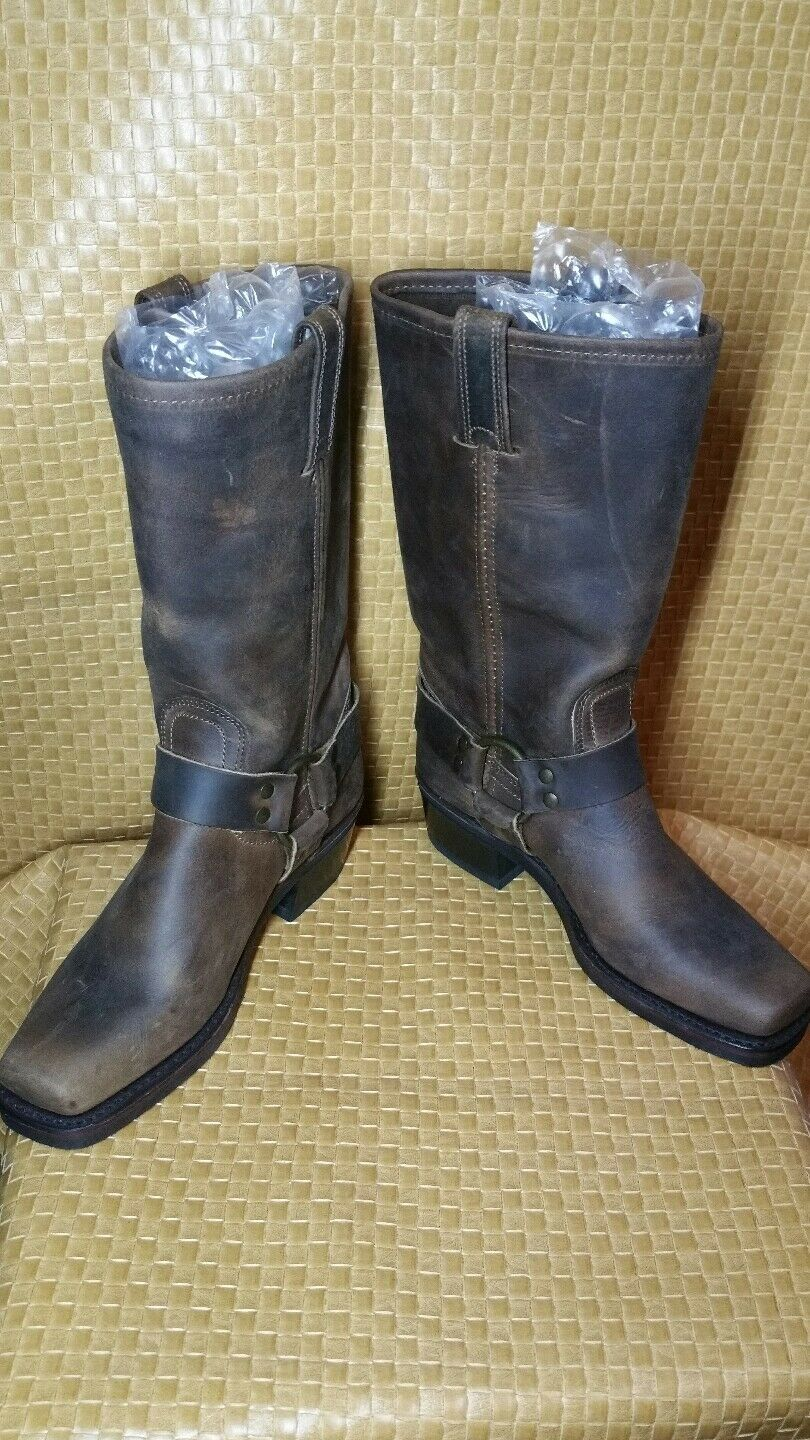 NEW   Frye  Womens Harness  Distressed Brown Leather Moto Boot Size  6 M  USA