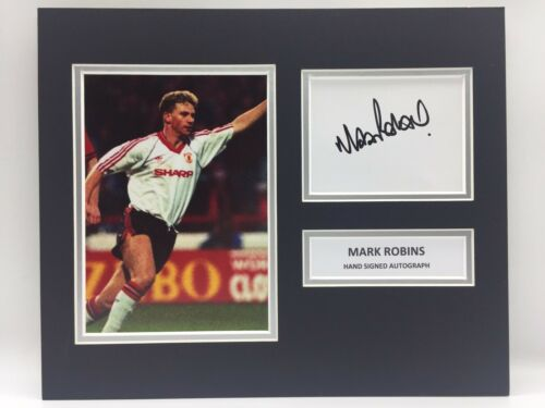 RARE Mark Robins Manchester United Signed Photo Display + COA AUTOGRAPH MAN UTD
