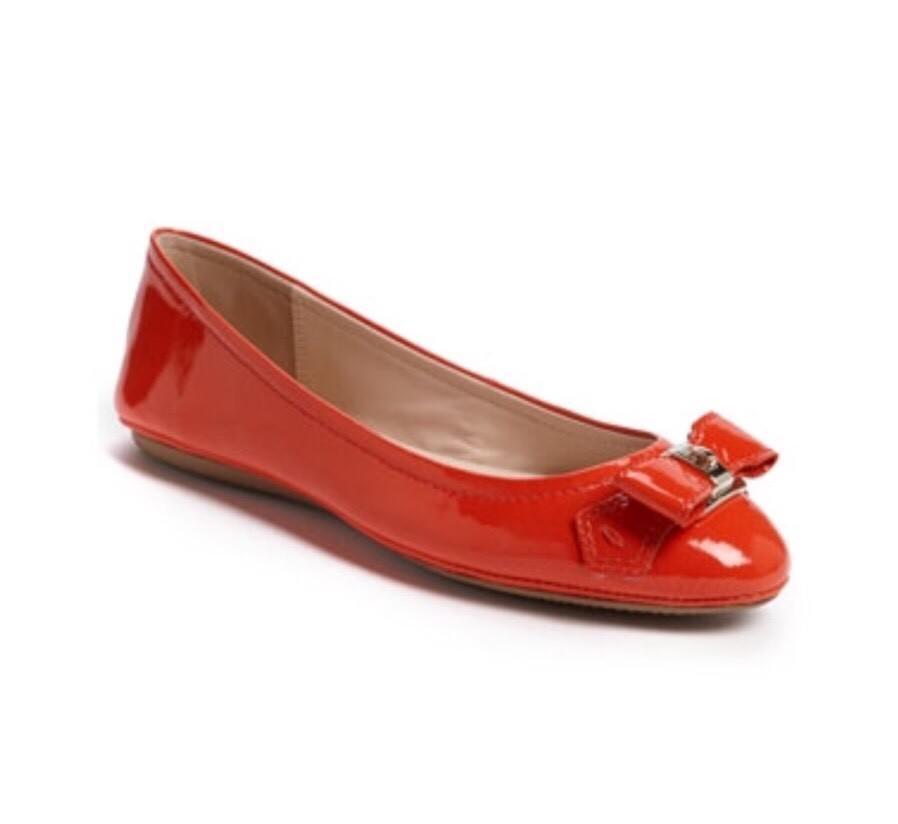 Elie Tahari 198 Shirley Flat In Tangerine Bow 38.5 8 8.5