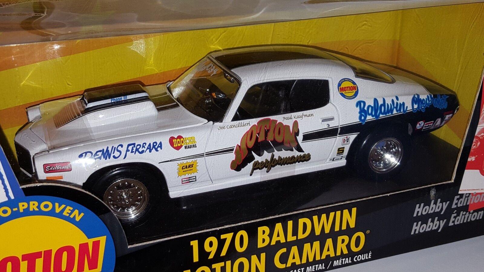 1/18 Ertl Dyno-productos comprobados 2018 Chevrolet Camaro Baldwin Motion Blanco Od