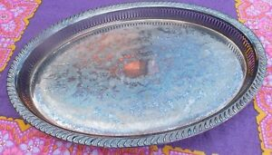 VINTAGE-SHABBY-ORNATE-OVAL-SERVING-TRAY-ETCHED-PATTERN