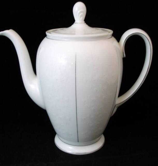 Rosenthal ROYAL PLATINUM Coffee pot APPEARS UNUSED