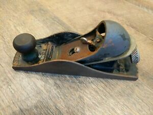 Vintage-Stanley-Block-Wood-Plane-No-220-Made-in-USA-Woodworking-Hand-Tools
