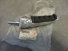 Yamaha Fußraste hinten rechts XJ900 31A FJ1200 rear Footrest right Original Neu