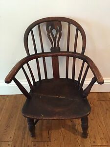 "Antique American Painted Spindle Back Fancy Windsor Chair C 1830-1850 34.25"" H Furniture 1800-1899"