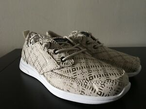 Brand New Girls SPERRY Top-Sider Gold/Geo Baycoast Shoes