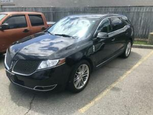 2014 Lincoln MKT AWD EcoBoost DUAL SUNROOF, HEATED AND COOLED STS