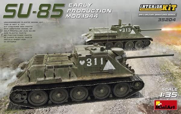 Minikonst 1  35 SU -85 Early Production Mod.1944 med intern utrustning