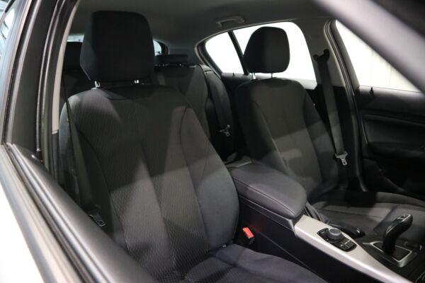 BMW 118i 1,5 Connected aut. billede 13