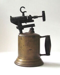Vintage-Hercules-Brass-and-Iron-Gasoline-Blow-Torch-Wooden-Handle