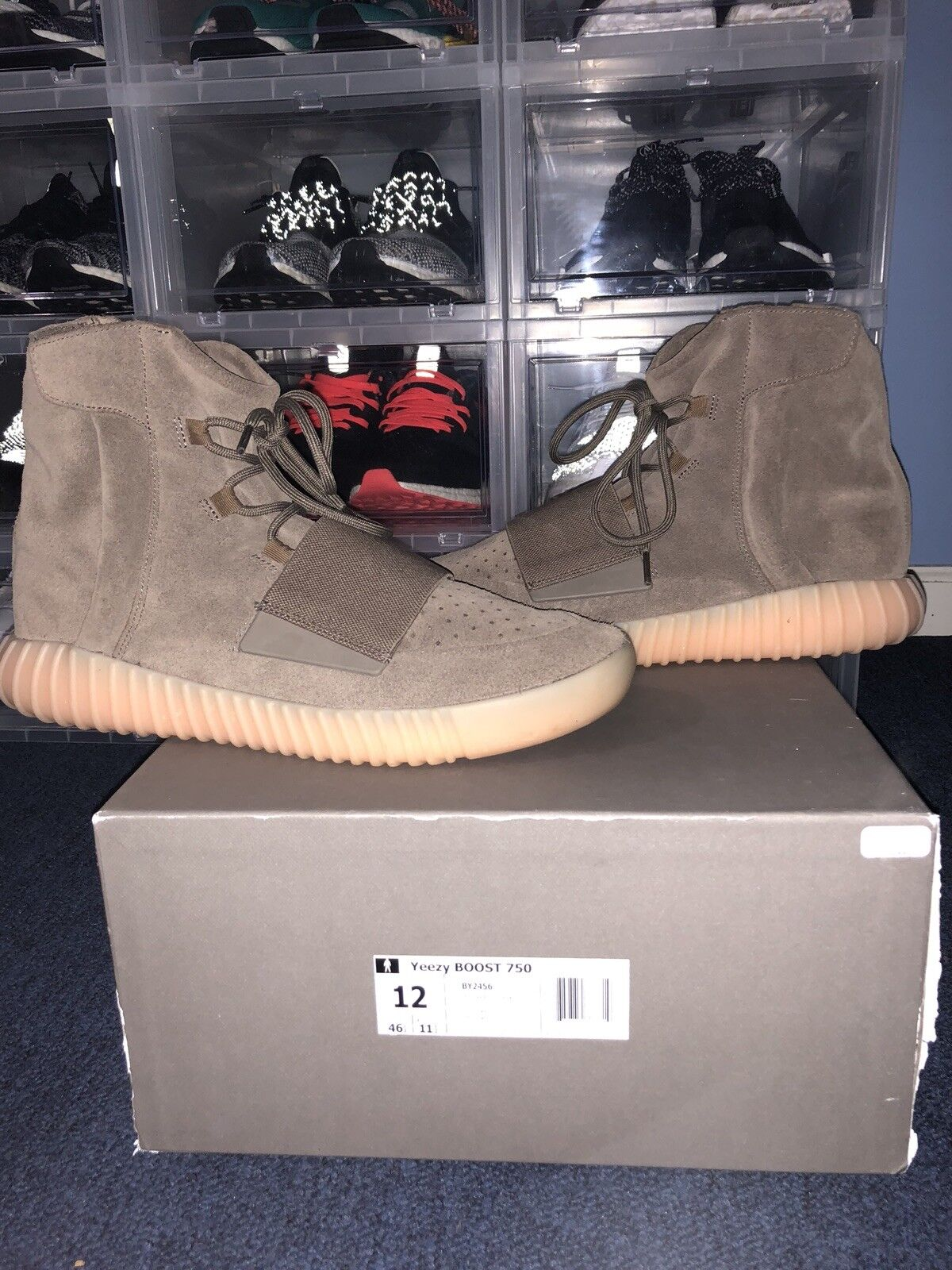 YEEZY 750 CHOCOLATE SIZE 12 PREOWNED VERY GOOD CONDITION