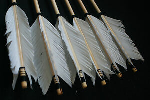 Fully-Handmade-Archery-Wood-shaft-ARROW-NEW-White-feathers-For-Longbow-Recurve