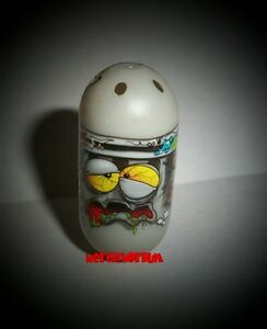 Mighty-Beanz-238-GARBAGE-CAN-Bean-2010-Series-3-UNCOMMON-New