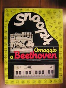 SNOOPY-OMAGGIO-A-BEETHOVEN-1-ed-Mondadori-1988-Peanuts-libro-pianoforte-vintage