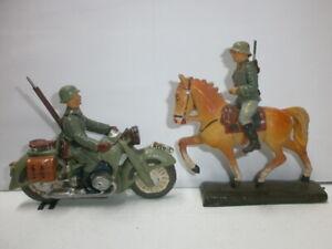 Konvolut-2-alte-Hausser-Elastolin-Massesoldaten-Kradmelder-Motorrad-Reiter-7-5cm
