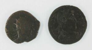 Ancient-Roman-Empire-2-Coin-Set-Emperor-Claudius-II-Gothicus-amp-Emperor-Valens