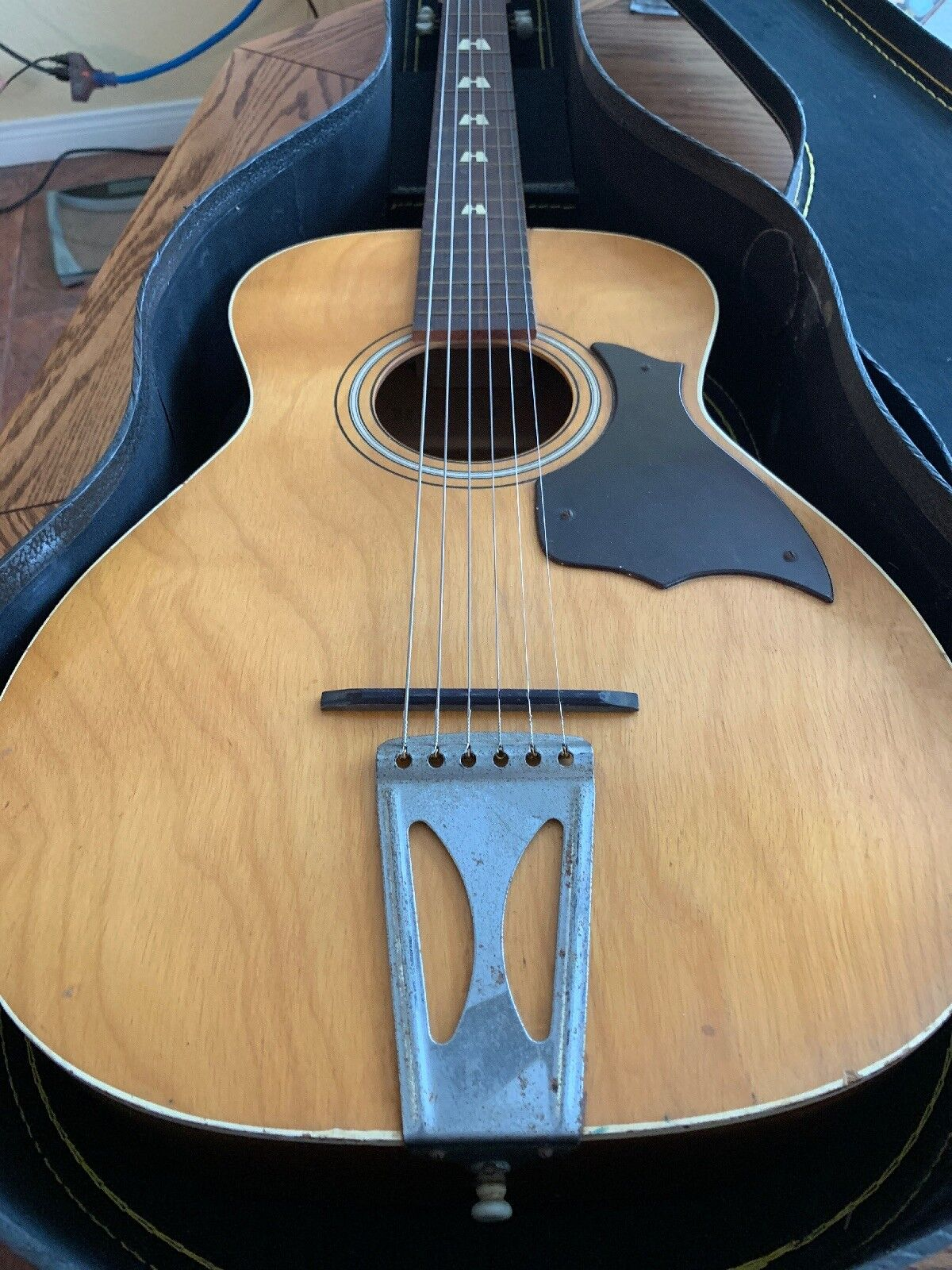 Vintage Harmony Stella acoustic parlor guitar H6128 flat top With Case