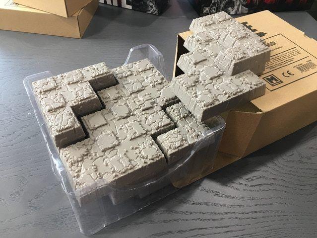 Odio 3D plástico mesetas exclusivo KickEstrellater terreno Adrian Smith Nuevo ship  0